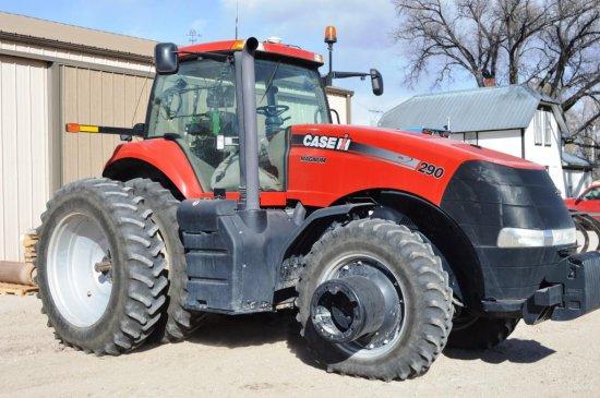 2011 CIH Magnum 290 Tractor,