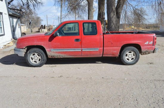 2004 Chevy Ext. Cab Pickup