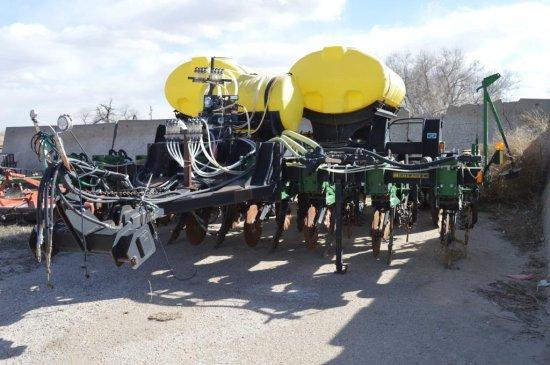 2010 Schlagel 8 Row Planter Combo