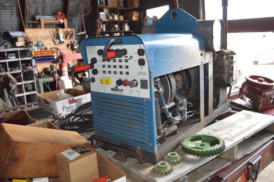 Miller 200 Amp Welder/Generator