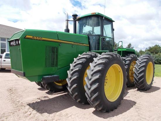 John Deere 8770 4WD Tractor