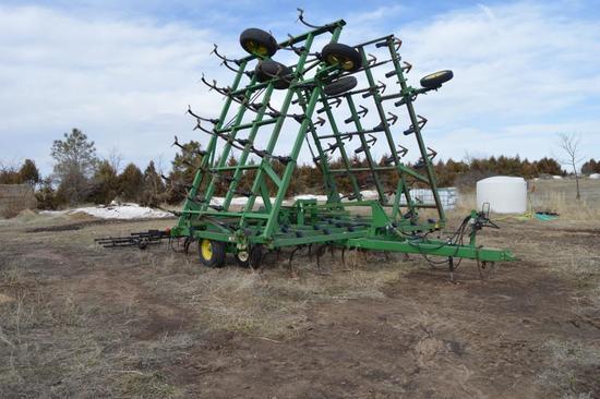 John Deere 980 Field Cultivator 42'