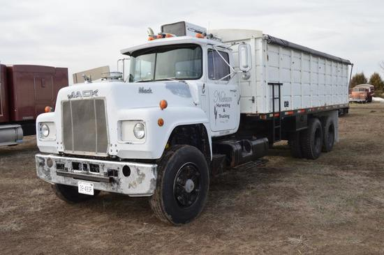1978 Mac Grain Truck