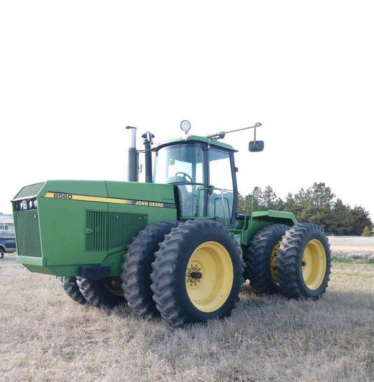 1990 JD 8560 4WD Tractor