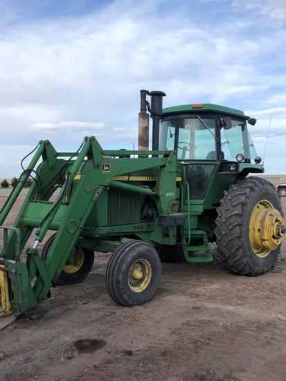 1975 JD 4630 D Tractor