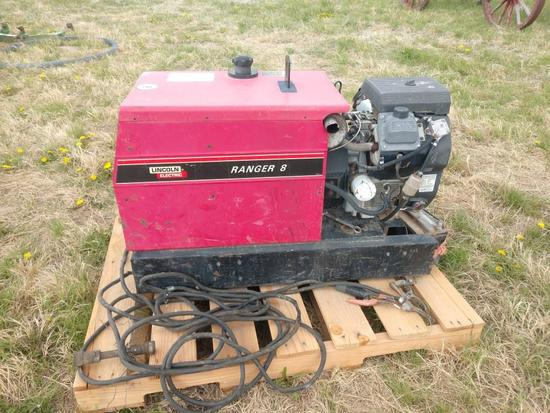 Lincoln Electric Ranger 8 Portable Welder