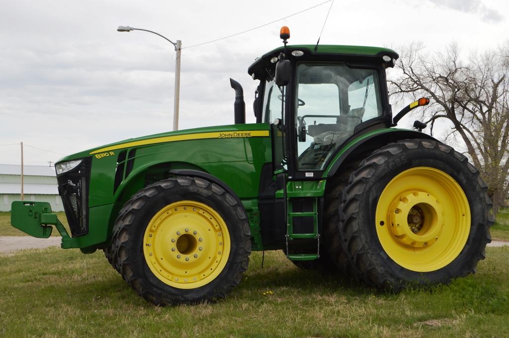 2013 John Deere 8310R MFWD Tractor,