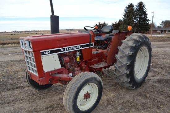 1979 IH 484 Tractor