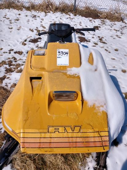 Ski-Doo 340 Snow Mobile