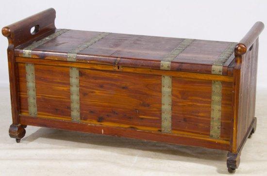 Cedar Chest / Bench
