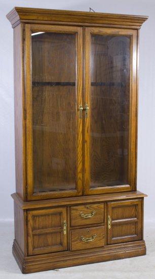 Oak Gun Display Case