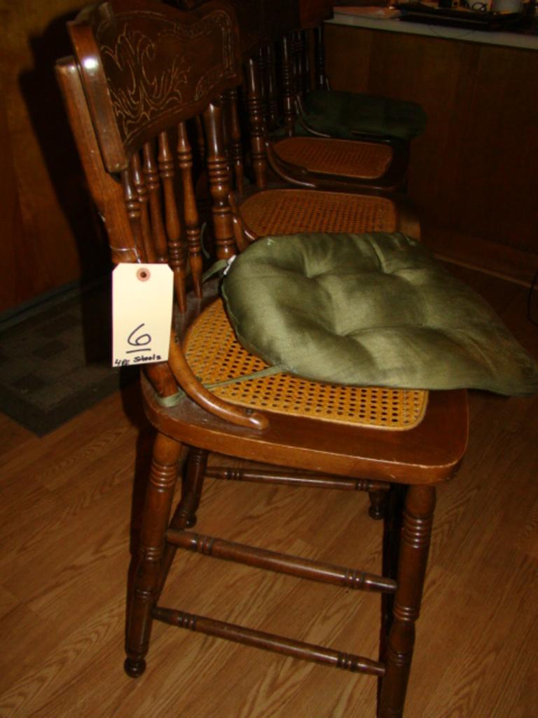 Incredible Lot 4 Wooden Cane Bottom Bar Stools Proxibid Auctions Short Links Chair Design For Home Short Linksinfo