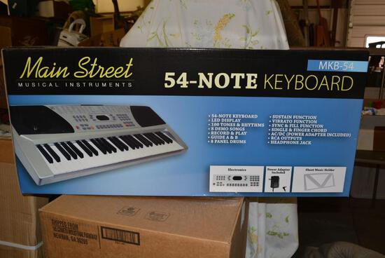 NEW IN BOX 54 Note Musical Keyboard