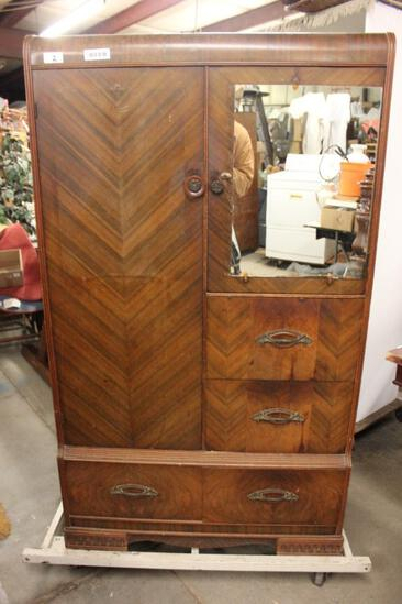 1920's Armoire Match to Bed Room Suite