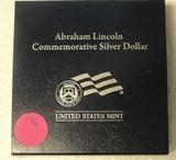 2009 ABRAHAM LINCOLN COMMEMORATIVE PROOF SILVER DOLLAR W/BOX