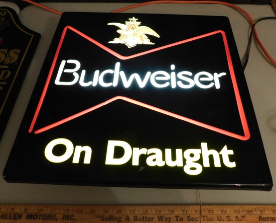 PLASTIC BUDWEISER ON DRAUGHT LIGHTED SIGN - WORKS