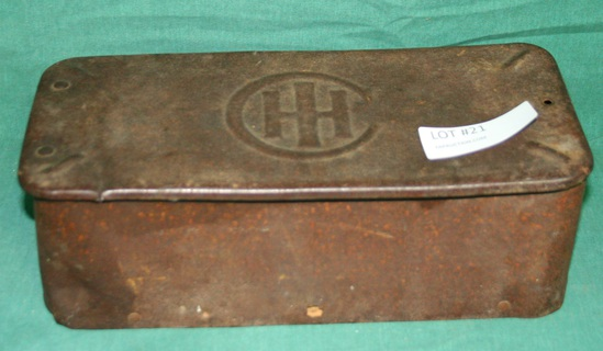 METAL I.H. TOOL BOX W/IMPLEMENT WRENCHES
