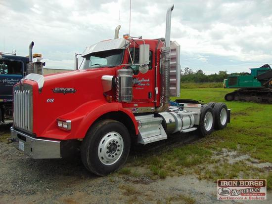 2011 Kenworth T800 Day Cab w/ Cummins ISX15 500 HP Engine