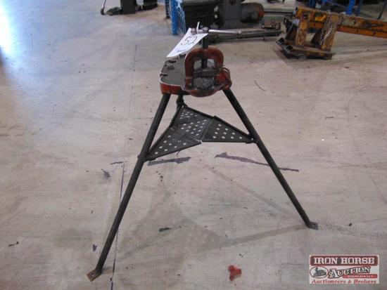Ridgid, Model 40A Pipe stand vice