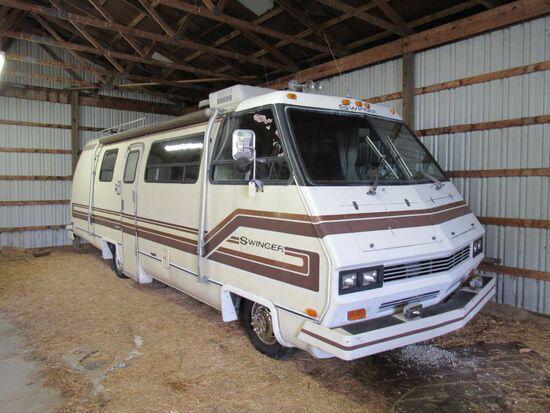 1981 Swinger RV Motor Home - Estate Vehicle
