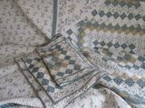 Queen size quilt with shams