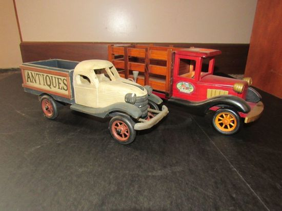 2 Decorative Wooden Cars