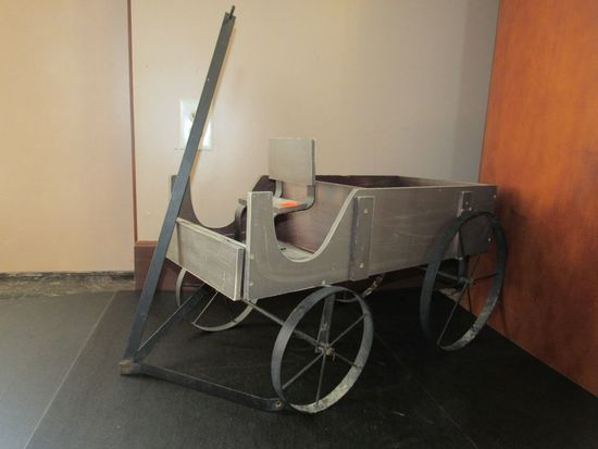 Wooden Decorative Wagon
