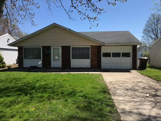 Auburn, Indiana 3BR Home at No Reserve Auction