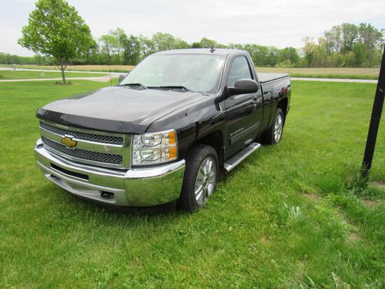 2012 Chevy Silverado Pick up Truck