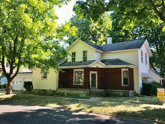 504 (504 1/2) N. Jackson Street, Auburn,IN ~ NO RESERVE!