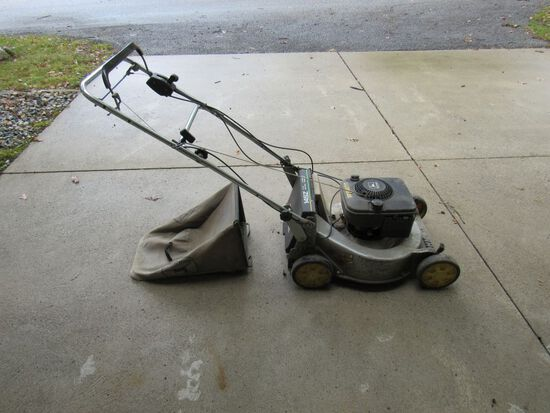 John Deere Self Propelled Mower