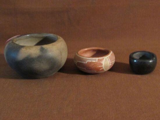 3 clay pots