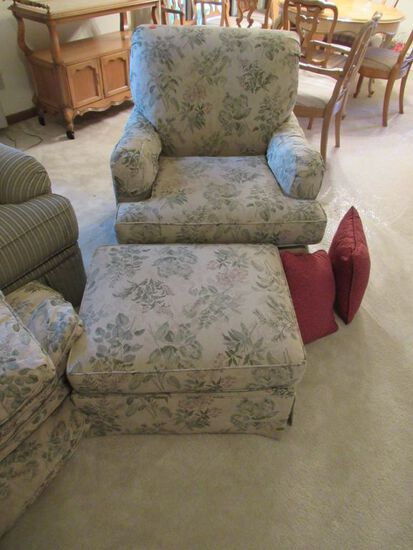 Sitting chair and footstool