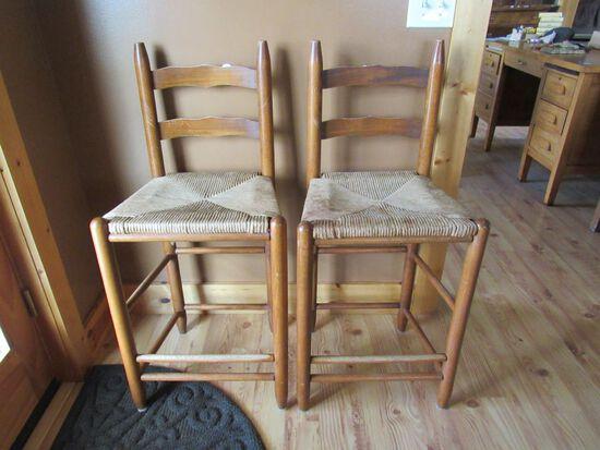 Countertop stools