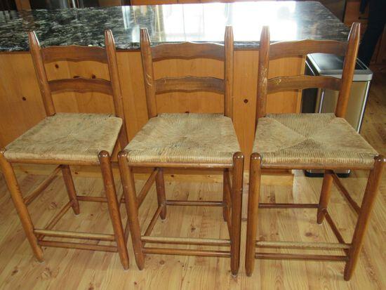 3 countertop stools