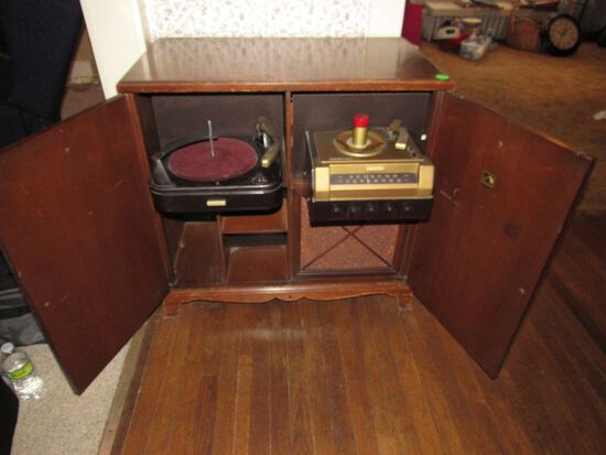 Cabinet and record player combination
