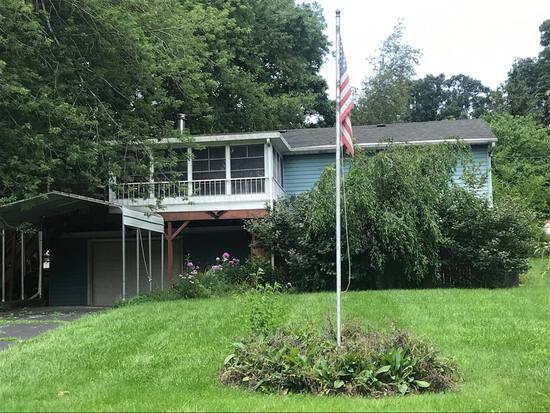 Blackman Lake 3 Bedroom Home ~ No Reserve Auction