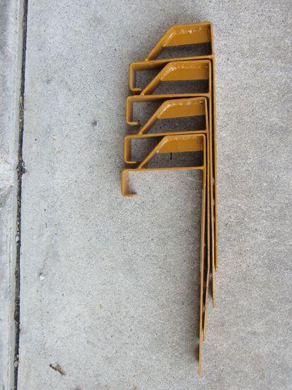Set of 4 fix pitch roof brackets