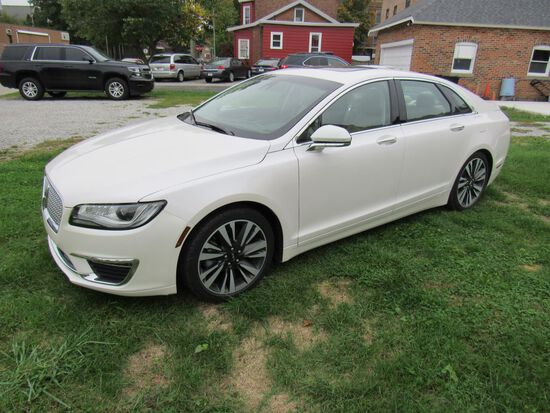 2018 Lincoln MKZ  Low Miles