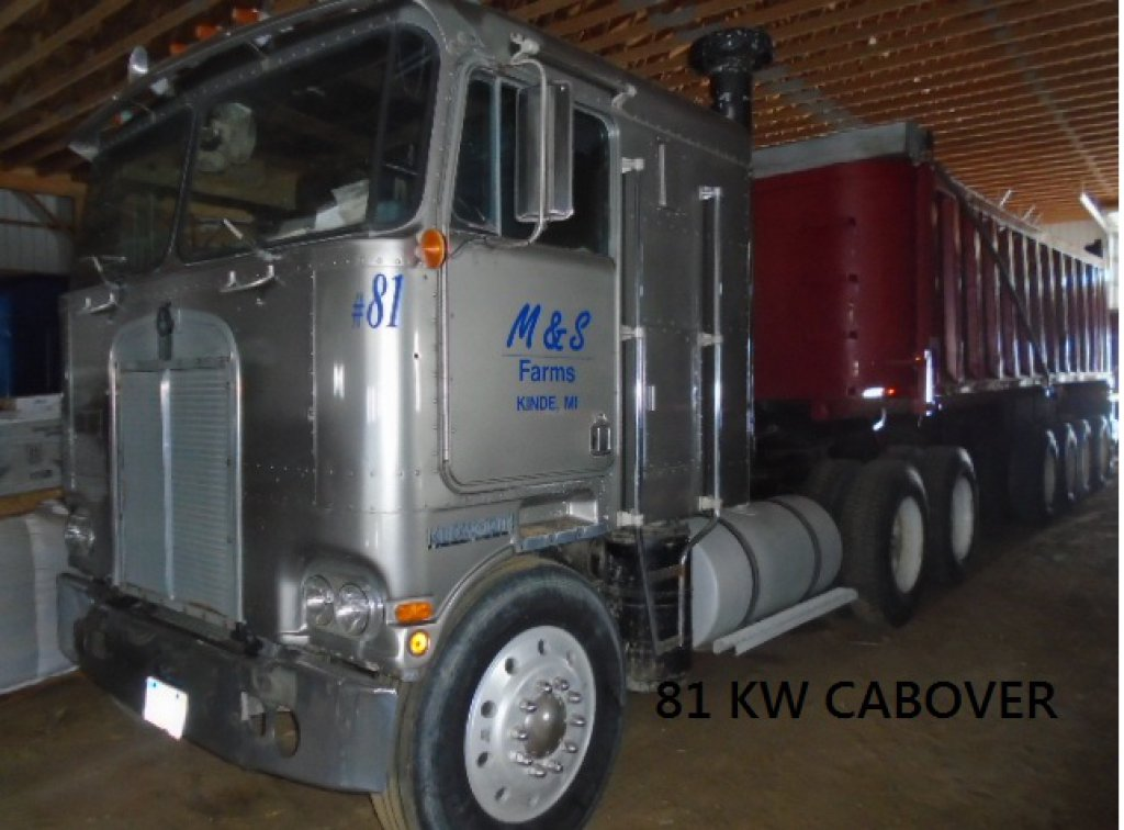 1981 KW CAB OVER T/A ROAD TRACTOR