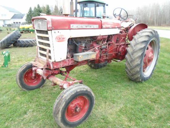 1959 FARMALL 560 GAS TRACTOR