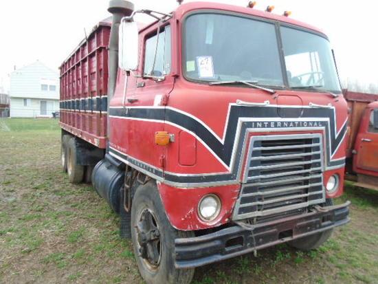 *1970 IHC 4070A C/O GRAIN TRUCK