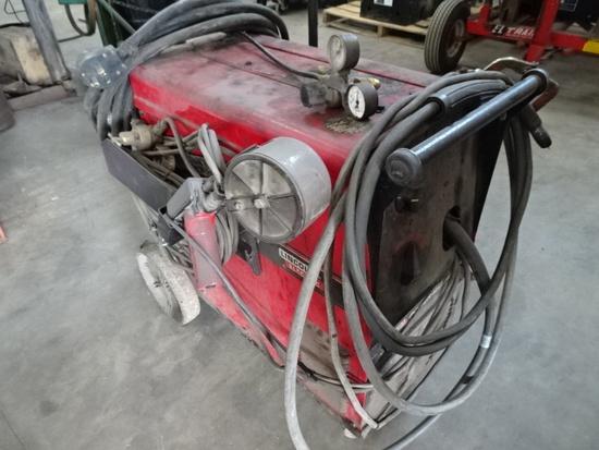 LINCOLN 215 POWER MIG WIRE WELDER