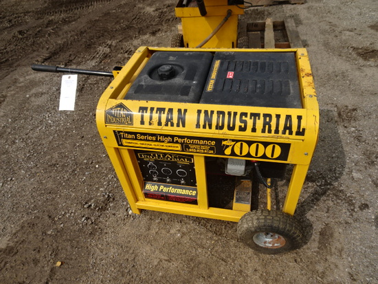 TITAN INDUSTRIAL 7000 WATT GENERATOR