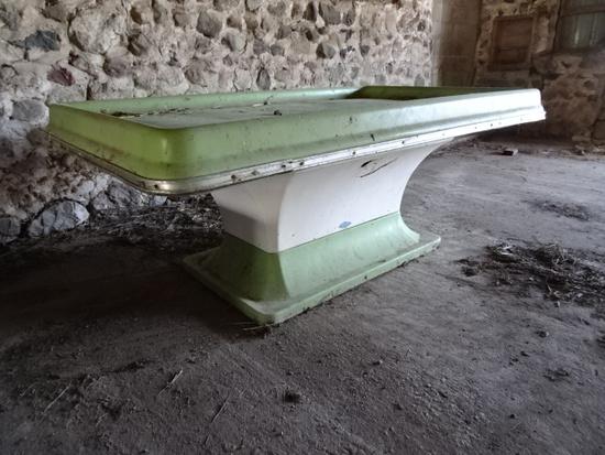 4'X6' PRODUCE TABLE