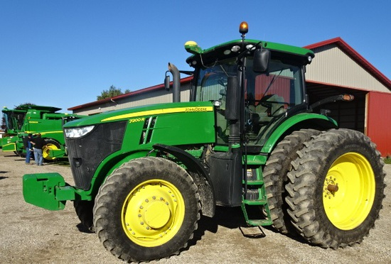 2012 JD 7200R MFWD TRACTOR