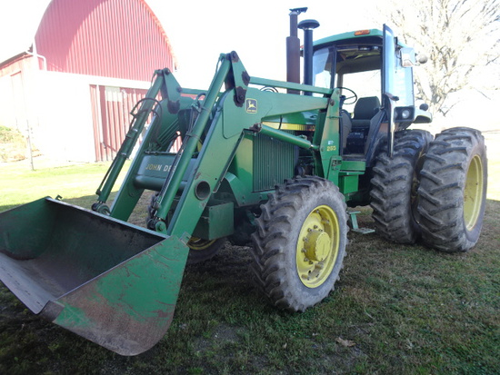 1990 JD 4055 MFWD DSL. TRACTOR W/ JD 265 HYD. QUICK ATTACH. LOADER