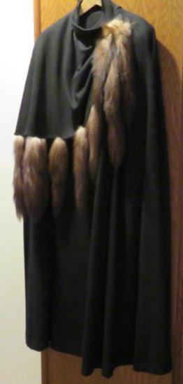 Lovely C'est Simone cape with fur trim