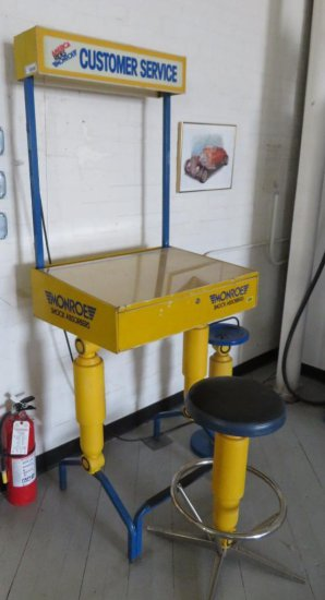Monroe Shock Absorbers Customer Service Work Station