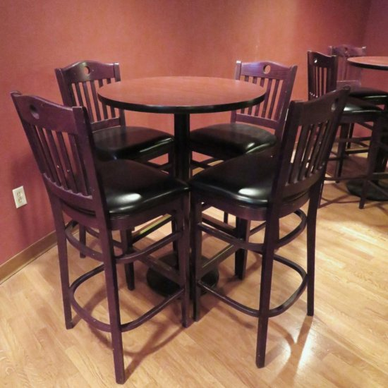 High Top Pub Table with Stools
